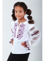 Вишиванка для дівчинки «Захоплююча мить» з фіолетовою вишивкою