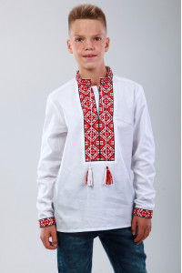 Вишиванка для хлопчика «Полонина» з червоним орнаментом