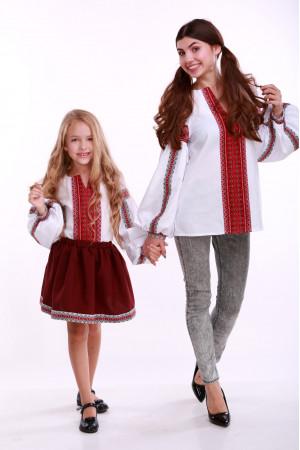 Вышиванка для девочки «Думка» белая с красным орнаментом