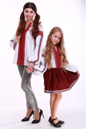 Вишиванка для дівчинки «Думка» біла з червоним орнаментом