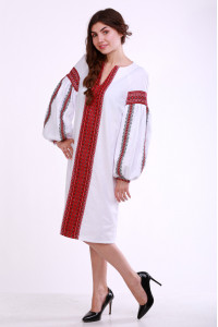 Платье «Думка» с широким красным орнаментом