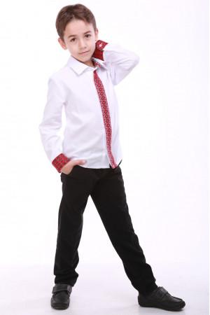 Вышиванка для мальчика «Думка» с красным орнаментом