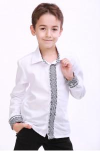 Вишиванка для хлопчика «Думка» з сірим орнаментом