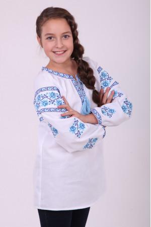 Вишиванка для дівчинки «Квіткова доріжка»  з блакитною вишивкою