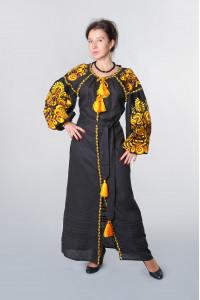 Сукня «Дерево життя» чорного кольору з помаранчевою вишивкою