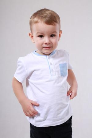 Футболка «Джош» белого цвета с голубым