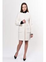 Жіноче пальто «Карно» молочного кольору