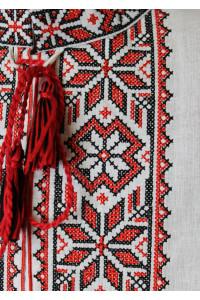 Вишиванка для хлопчика «Оберіг» з червоним орнаментом