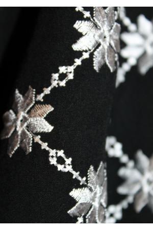 """Вышиванка """"Белоцвет"""" черного цвета"""