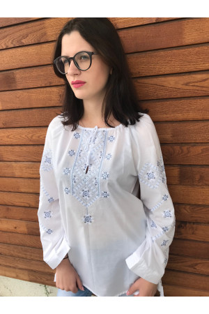 Вишиванка «Стожари» білого кольору з біло-сірою вишивкою