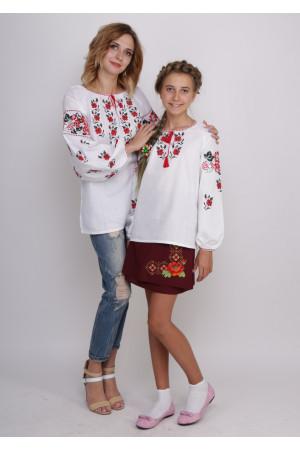 Комплект вышиванок для мамы и дочки «Калина и розы»