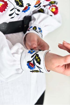 Вишиванка «Барви» білого кольору