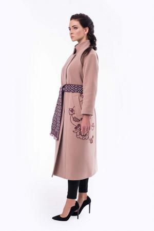 Жіноче вишите пальто «Царина» кольору пудри