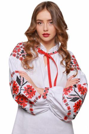 Женская вышиванка «Цветы зари» с красно-черным орнаментом