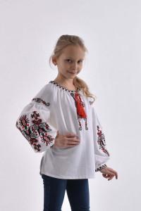 Вышиванка для девочки «Берегиня» белого цвета