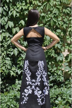 Платье «Гойра» черного цвета