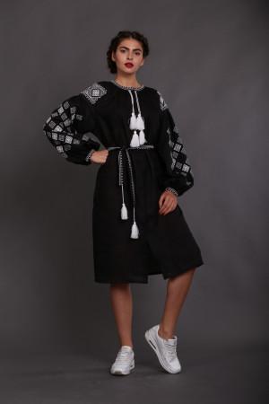 Платье «Вечерняя заря» черное с вышивкой белого цвета