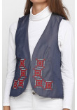 Камізелька «Гармонія» кольору світлий джинс  з біло-червоною вишивкою