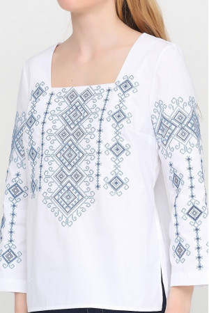 Вишиванка «Радослава» біла з вишивкою синього кольору