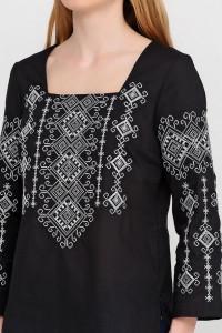 Вышиванка «Радослава» черная с вышивкой бело-серого цвета