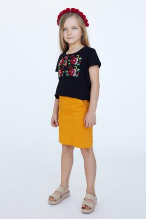 Футболка для девочки «Лисавета» черного цвета с бордовой вышивкой