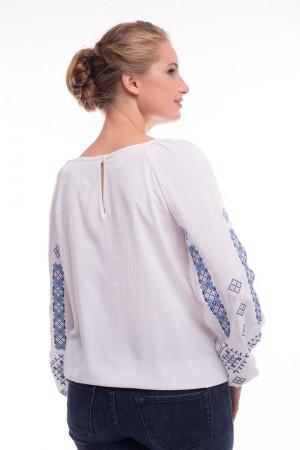 Блуза «Обереговая» белого цвета