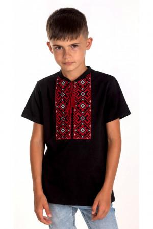 Футболка для хлопчика «Устин» чорного кольору з червоною вишивкою
