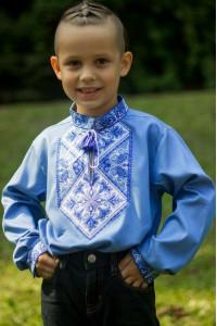 Вишиванка для хлопчика «Говерла» блакитного кольору