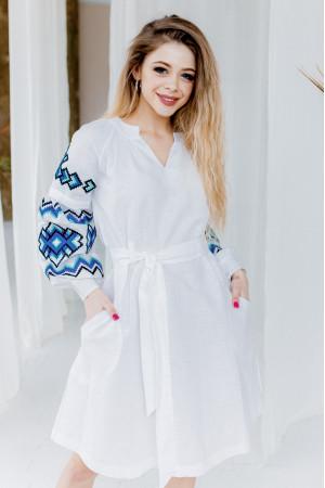 Платье «Христина» белого цвета с синим