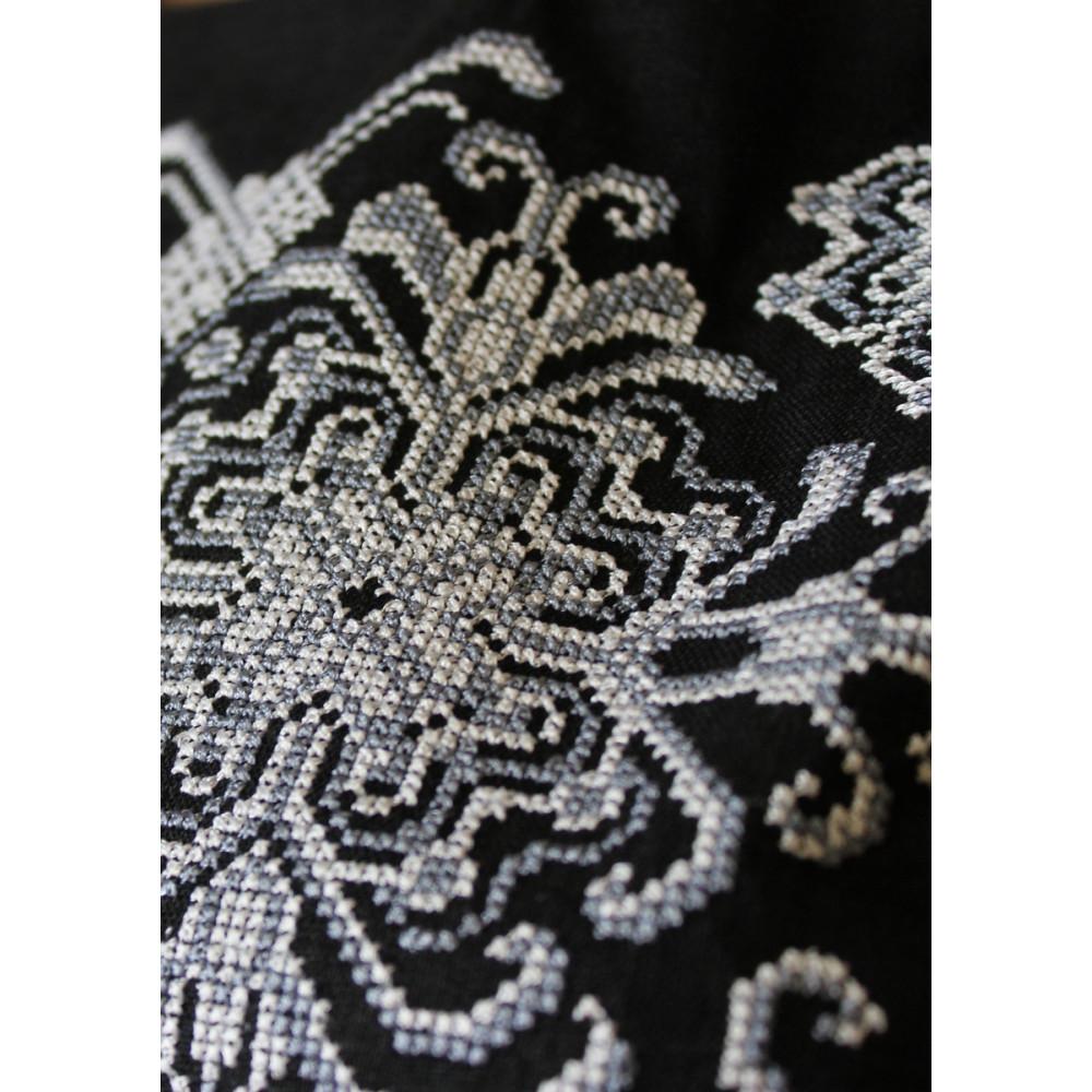 Сукня «Роксолана» чорного кольору – з вишивкою db082246d399d