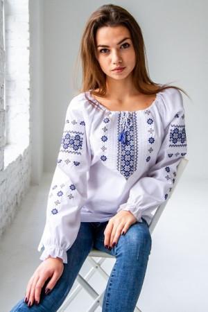Вышиванка «Дива» белого цвета с синей вышивкой