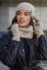 Комплект «Осирия» (шапка, баф, перчатки) цвета светлого кофе