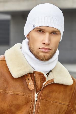 Чоловічий комплект «Бонд» (шапка, шарф-снуд) білого кольору