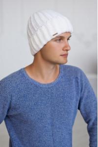 Чоловіча шапка «Кевін» білого кольору