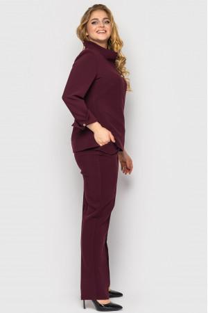Брючный костюм «Фурор» цвета бордо