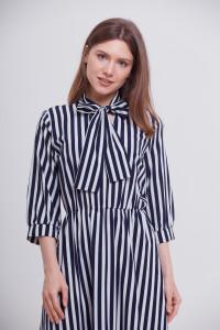 Платье «Тамия» бело-синего цвета
