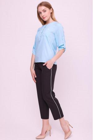 Блуза «Новіта» блакитного кольору