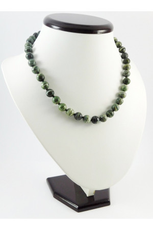 Ожерелье «Зеленая зебра»