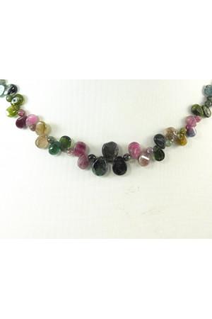 Ожерелье «Турмалиновый цветочек»