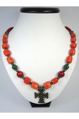 Коралловое ожерелье «К вышиванке»
