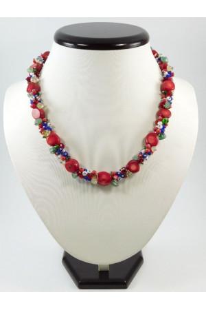 Ожерелье из кораллов и нефрита «Вышиванка»