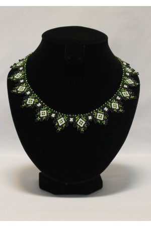 Ожерелье «Блеск изумруда»
