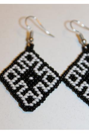 Сережки з бісеру «Орнамент» чорно-білі
