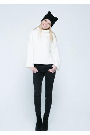 Свитер «Арин» белого цвета
