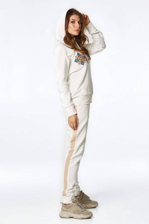 Спортивний костюм «Домра» молочного кольору