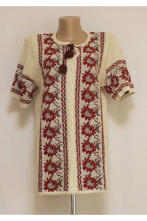 Вязаная вышиванка «Георгины» с коротким рукавом