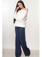 Костюм «Микаэль-Шэр»: синие брюки и белый свитшот