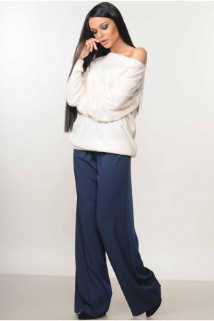 Костюм «Мікаель-Шер»  сині брюки та білий світшот – купити в Києві ... a2964693efc52