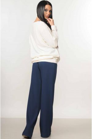 Костюм «Мікаель-Шер»: сині брюки та білий світшот