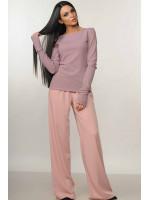 Костюм «Бэйс-Шер»: пудровые брюки и лиловая кофта